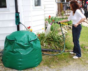 Tuff Tech Bags Flexible rain barrel with hand pump.  Photo by  Tuff Tech
